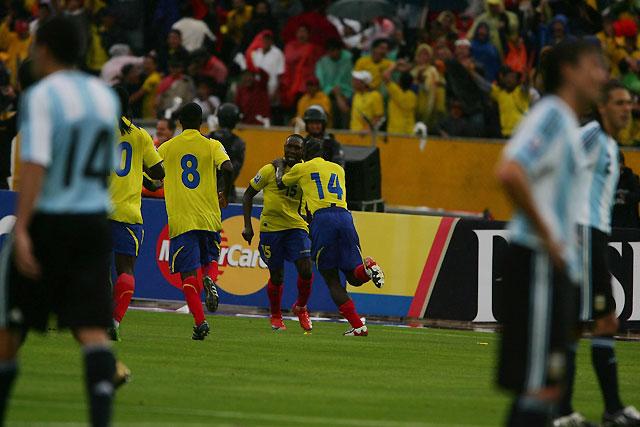 Ecuador deja en blanco a la albiceleste en las alturas de Quito (2-0)