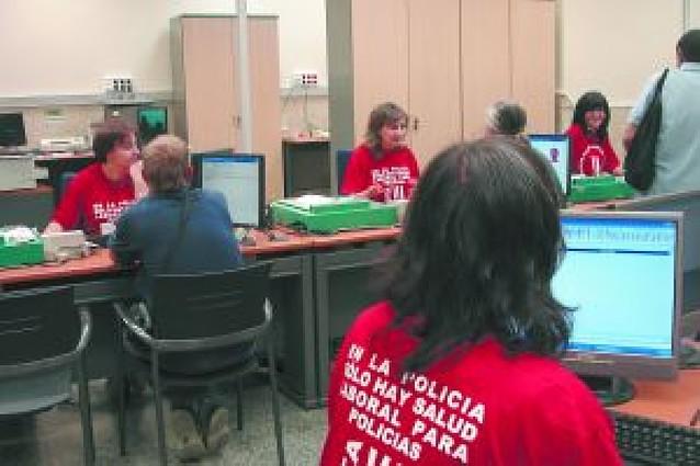 Funcionarios del DNI exigen un comité de salud laboral