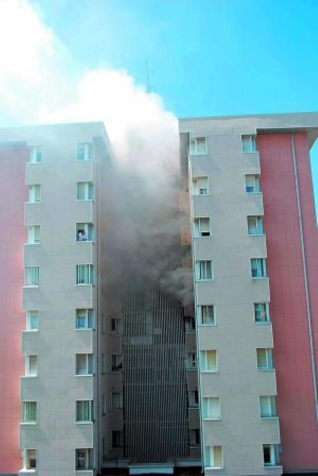 Incendio sin heridos en una vivienda de Barañáin