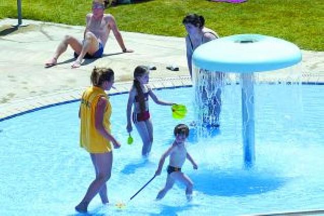 5.000 usuarios de Larrabide podrán usar este verano las piscinas de la calle Sangüesa