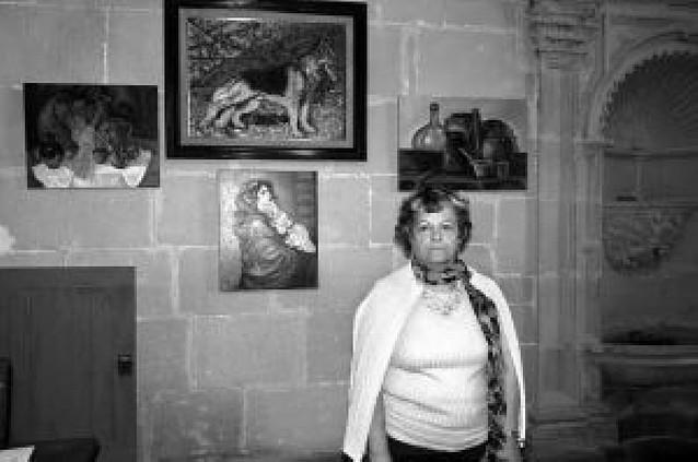 Salvi Sainz, pintora de origen mendaviés, expone en Codés más de 30 lienzos al óleo