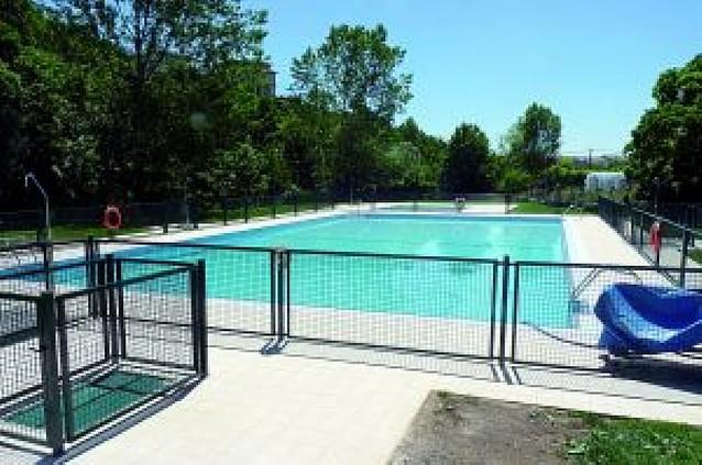 Abárzuza estrena piscinas 33 años después