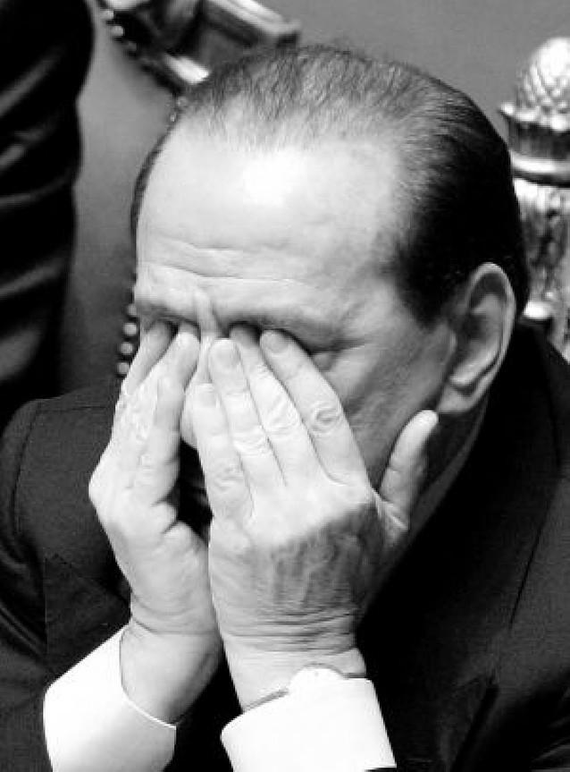 La boda ficticia de Berlusconi, en fotos