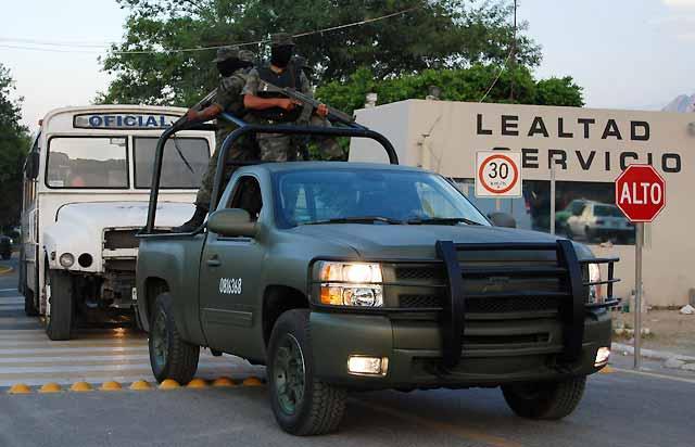 El juez ordena la detención de 65 agentes municipales y estatales de Nuevo León en México