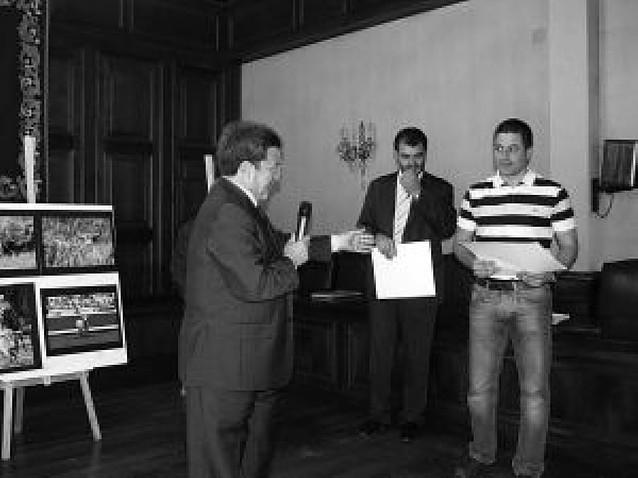 Un navarro gana el concurso de fotografía taurina de Teruel
