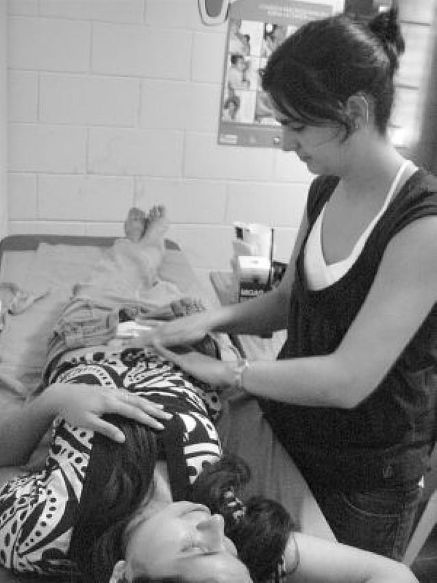 Dos enfermeras navarras en El Salvador