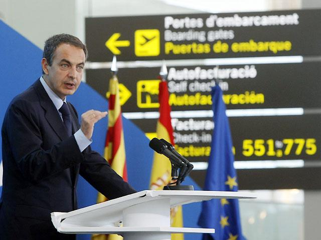 """Zapatero: """"El nuevo modelo aeroportuario satisfará las ambiciones de Cataluña"""""""