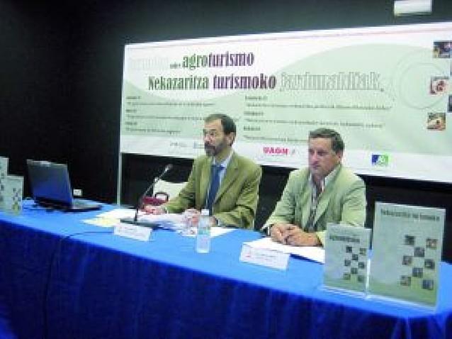 El Gobierno planea regularizar el agroturismo en la Comunidad foral