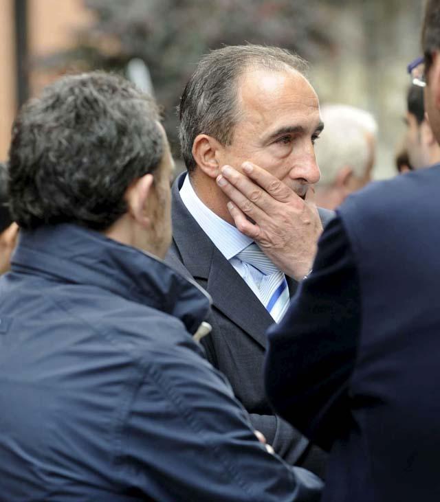 El Rey expresa su pesar e indignación a la familia del policía asesinado