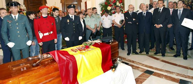 ETA asesina con una bomba lapa a un inspector de Policía en Arrigorriaga