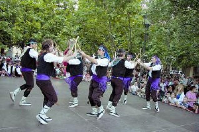 El barrio de Lourdes inicia las fiestas de San Juan