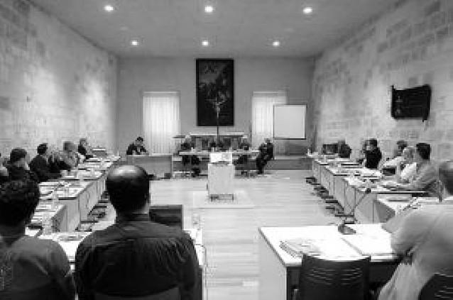 Los teatinos cambian Roma por Iranzu para su capítulo general
