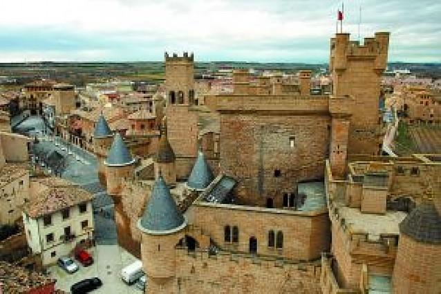 Eligen al castillo de Olite mejor maravilla medieval de España