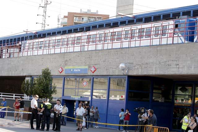 Un pasajero acciona el freno de auxilio y provoca un choque de trenes en Madrid