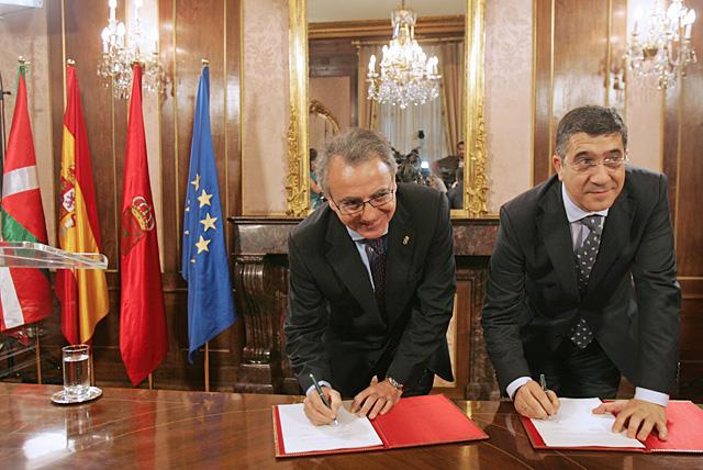 Navarra y Euskadi colaborarán desde el respeto institucional y sin injerencias