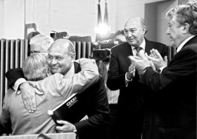 La patronal cierra filas con Díaz Ferrán y aplaude su actitud frente al Gobierno
