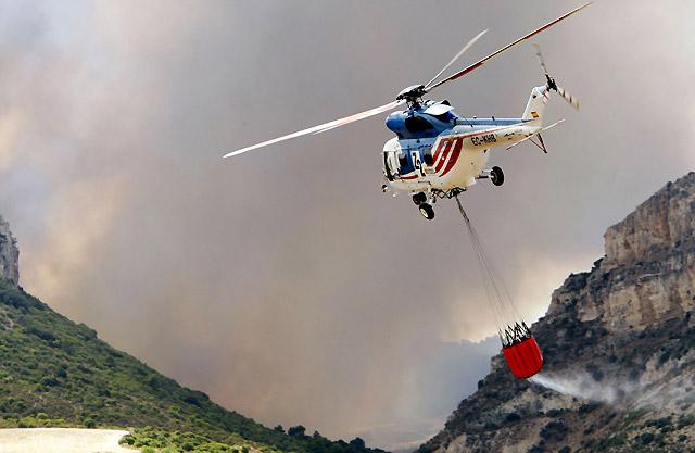 El Gobierno de Aragón ordena desalojar a la localidad de Valmadrid por el fuego de Jaulín