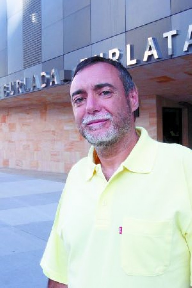 Txema Noval toma posesión como concejal en Burlada