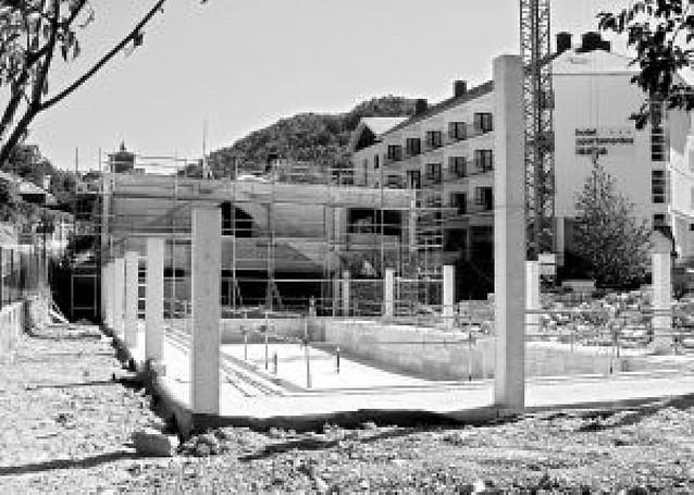 Isaba invierte 2,4 millones en cubrir su piscina y dotarla de sauna, spa y gimnasio