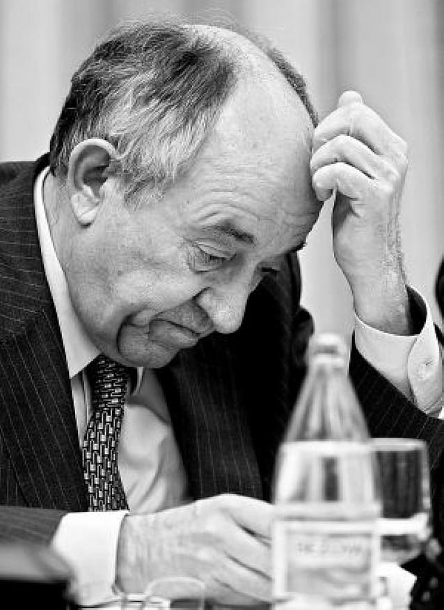 CC OO y UGT arremeten contra la reforma laboral que el Banco de España aconseja