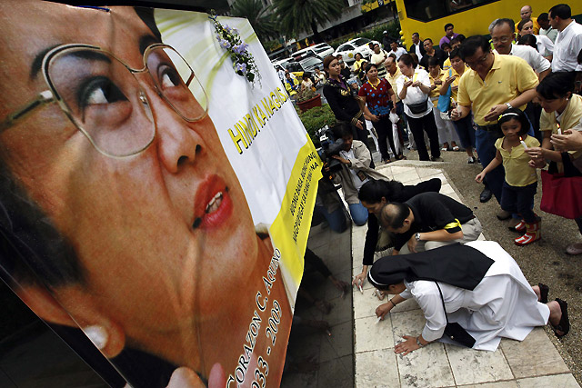 Diez días de luto nacional en Filipinas por la muerte de Corazón Aquino