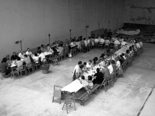 Campanas animó las fiestas con una comida en el frontón