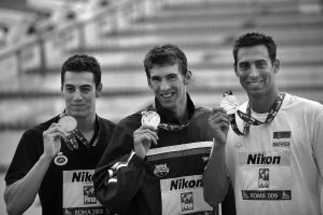 Muñoz, bronce en los 100 mariposa ante un Phelps de récord