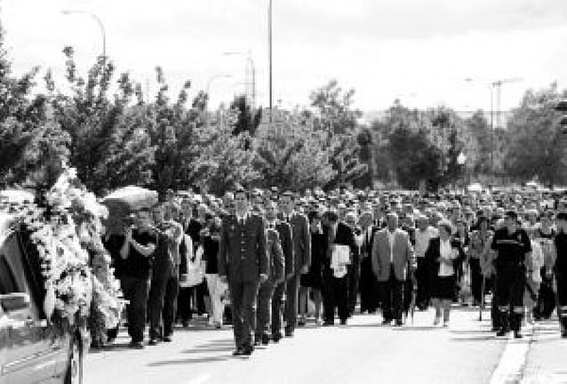 Multitudinario funeral en Burgos por Carlos Sáenz de Tejada