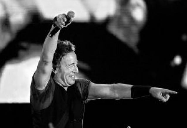 El caos deja sin concierto a muchos fans de Springsteen en su visita a Santiago