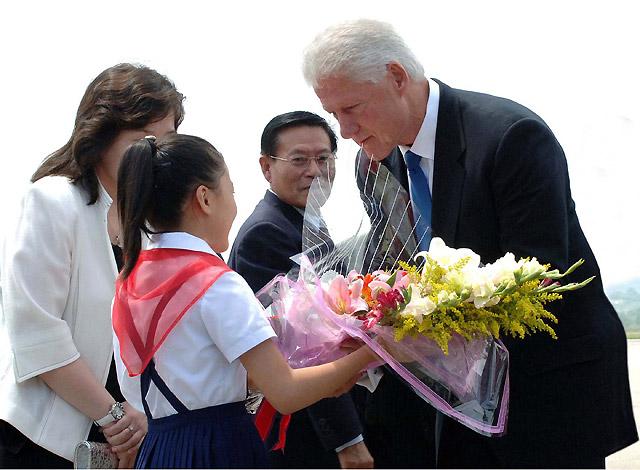 La Casa Blanca niega que Bill Clinton transmita un mensaje de Obama para el régimen norcoreano