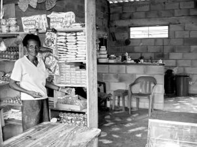 Colombia, 218 casitas para viudas