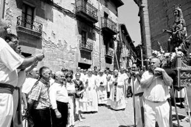 San Martín canta a la Virgen del Pópulo
