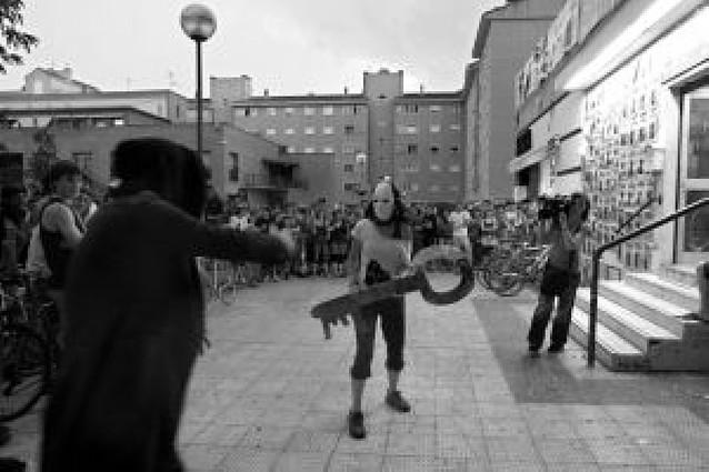 La Gazte Asanblada no devuelve las llaves y se mofa del Ayuntamiento