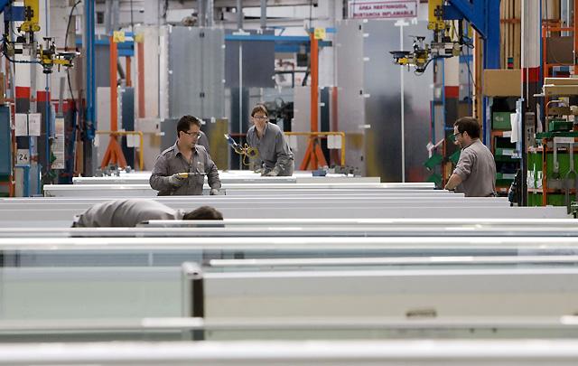 Koxka prevé paliar el descenso a la mitad de su producción con un nuevo servicio