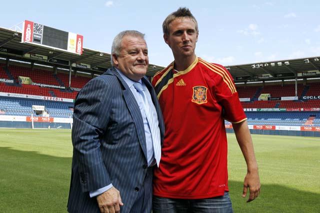 España llama a Monreal