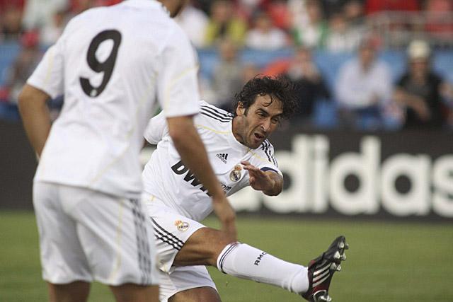 El Real Madrid se pasea por Toronto (1-5) en el debut de Kaká y Xabi Alonso