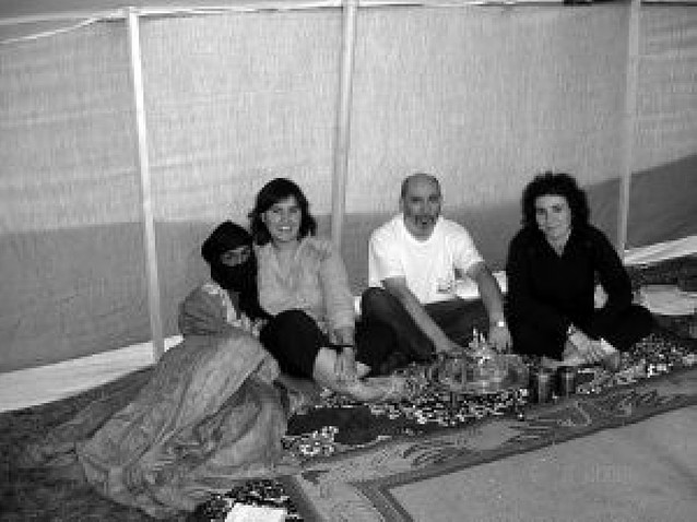 Una jaima para recordar en Estella los 50 grados del verano saharaui