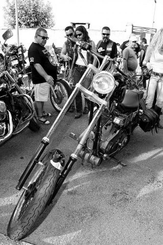 La X Concentración de Motos Pellejo reúne a alrededor de 2.500 personas en Ribaforada