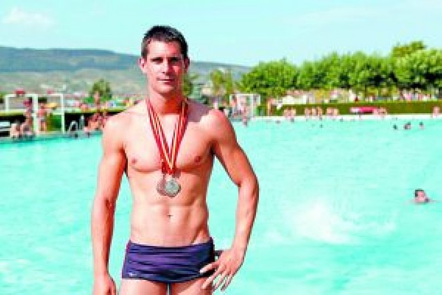 "Javier Urtasun Basarte: ""Un bañador de poliuretano lo considero dopaje externo"""