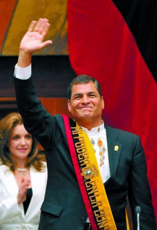Rafael Correa jura su segundo mandato