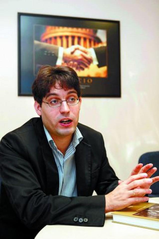 """Ignacio Urricelqui Pacho: """"El ambiente pictórico en el siglo XIX en Navarra fue limitado"""""""