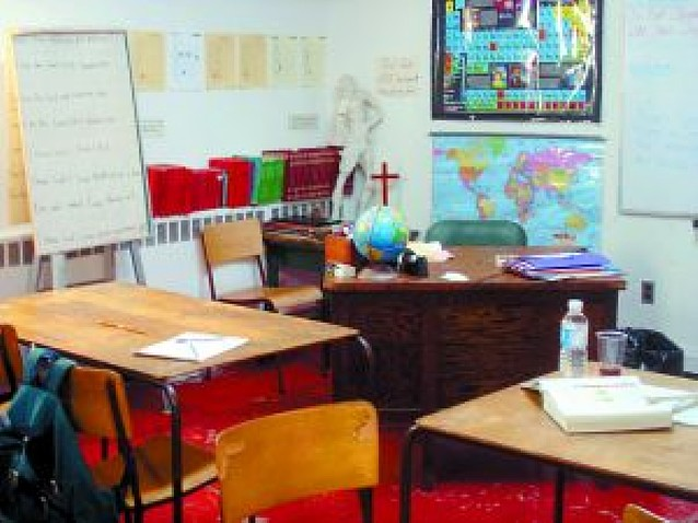 Navarra no obligará a retirar símbolos religiosos de los centros públicos