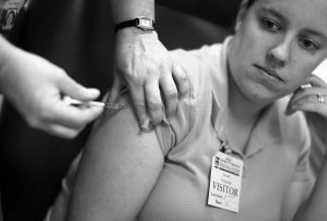 La gripe A podría elevar el absentismo laboral hasta el 50% en otoño