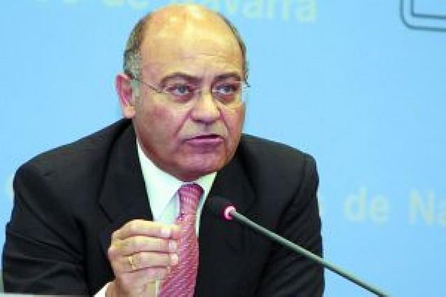 El presidente de la CEOE defiende que los convenios fijen bajadas salariales del 1%