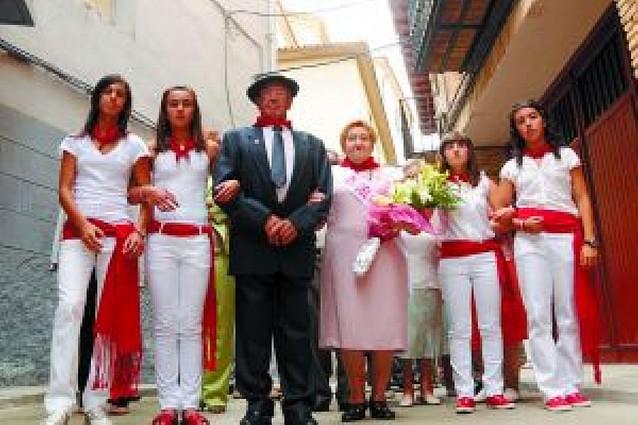 HUMBERTO QUEL Y ARACELI LAU, HOMENAJEADOS EN FALCES