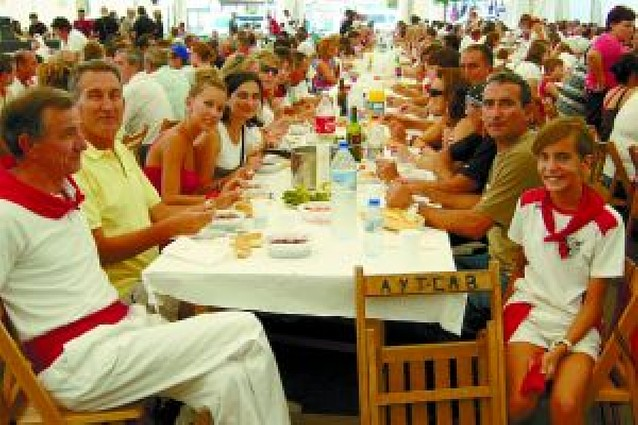 Alubias rojas en la tercera comida popular