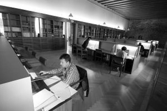 El ladrón de mapas antiguos robó páginas de ocho libros de Navarra
