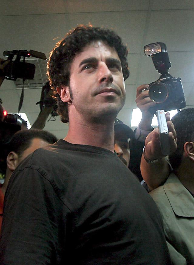 El periodista español Emilio Morenatti, herido en Afganistán por una explosión
