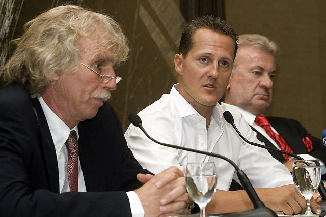 """Schumacher se encuentra """"muy frustrado y triste"""" por no poder competir"""