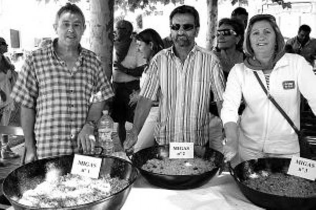 Luis Ignacio Martínez se impone en el concurso de migas de fiestas de Fustiñana